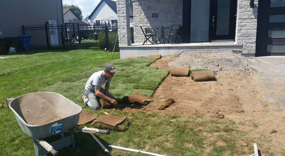 backgroundserviceposedegazon - Paysagement excavation Dupont Terrebonne